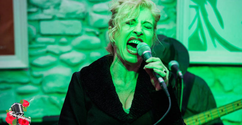 Honor Heffernan and band at The Sofa Sessions. Photo: Ian McDonnell / Mc Gig Photography