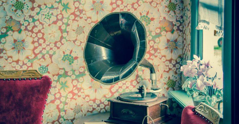 A gramophone. Source: pexels.com
