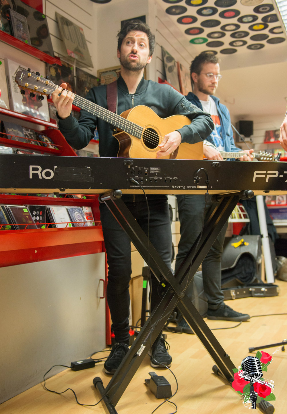 Delorentos, live at Rollercoaster Records. Photo: Ian McDonnell/Mc Gig Photography