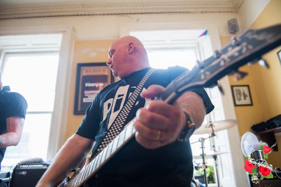 The Lee Harveys, live. Photo: Ian McDonnell / Mc Gig Photography