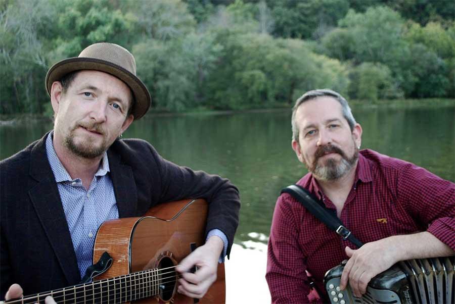John Kelly (L) with Mick McAuley (R). Photo: stpatricksfestivalkilkenny.com